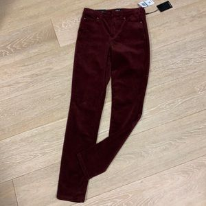 NWT Oat high rise skinny cords size 25